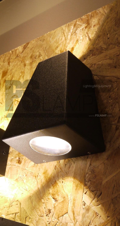 โคมติดผนัง โคมภายนอก โคมไฟ Outdoor RETO-2-BK