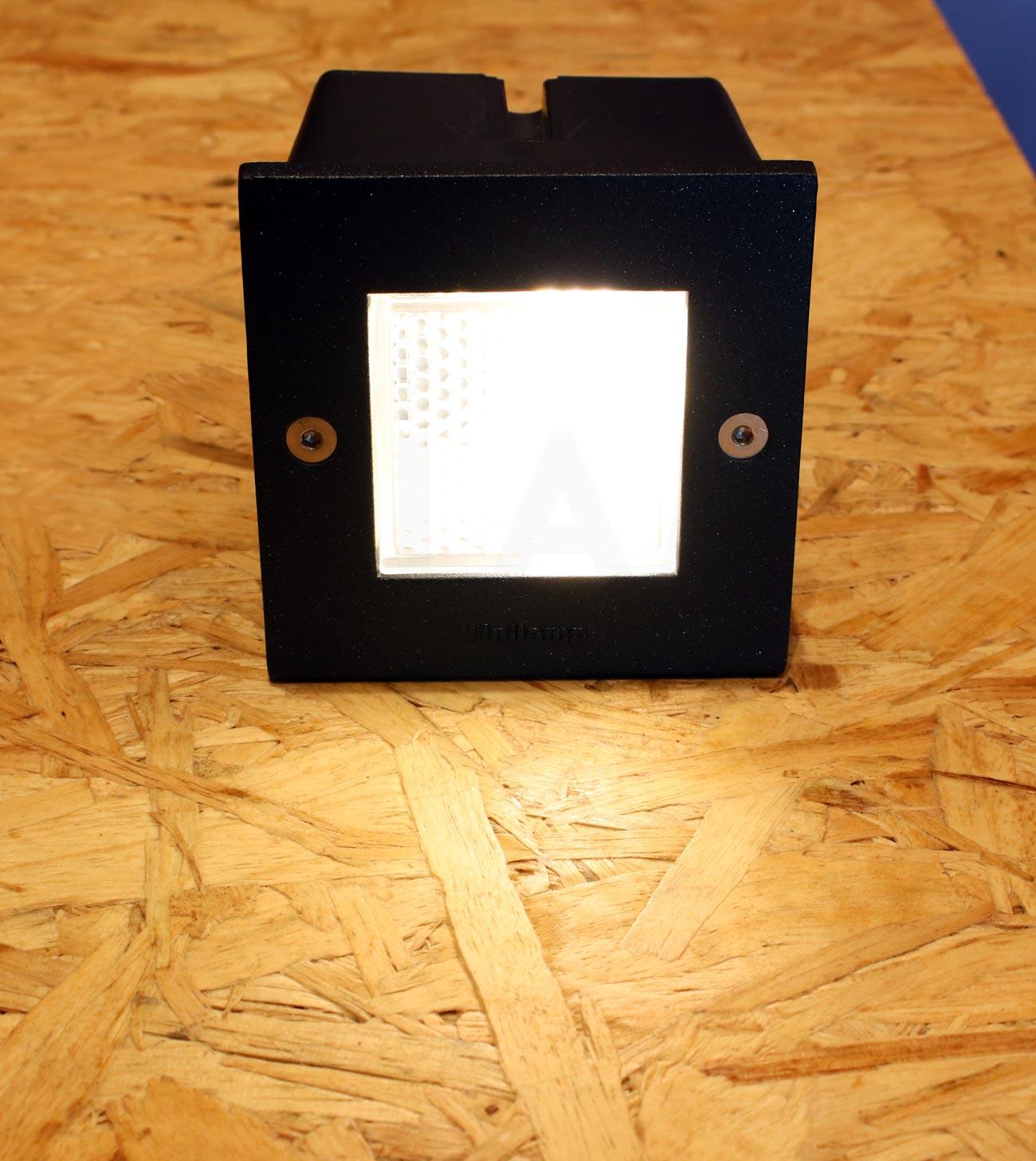 โคมไฟฝังผนัง Step Light โคมไฟภายนอก โคมไฟติดผนัง DOT-SQUARE-BLACK